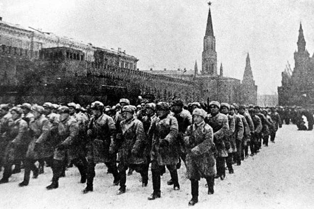 Парад 1941 года. Наши войска открытки фото рисунки картинки поздравления