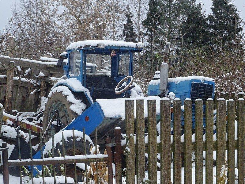 0 17dabd 9ff6fbc7 XL - Менуэт Советскому трактору