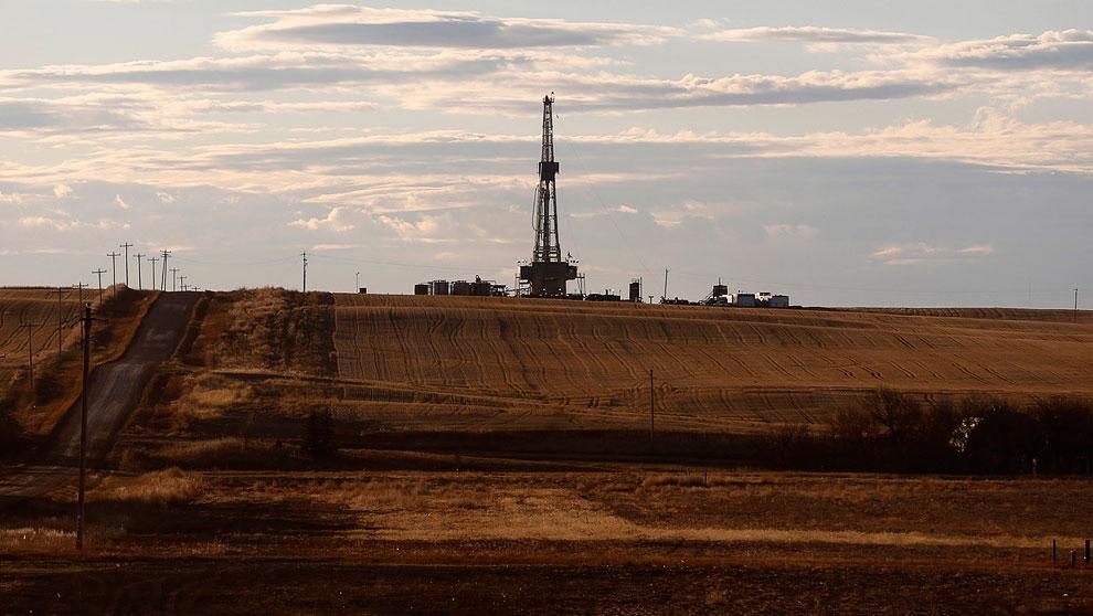 Система труб нефтепровода, Северная Дакота, 11 марта 2013. (Фото Shannon Stapleton | Reuters)