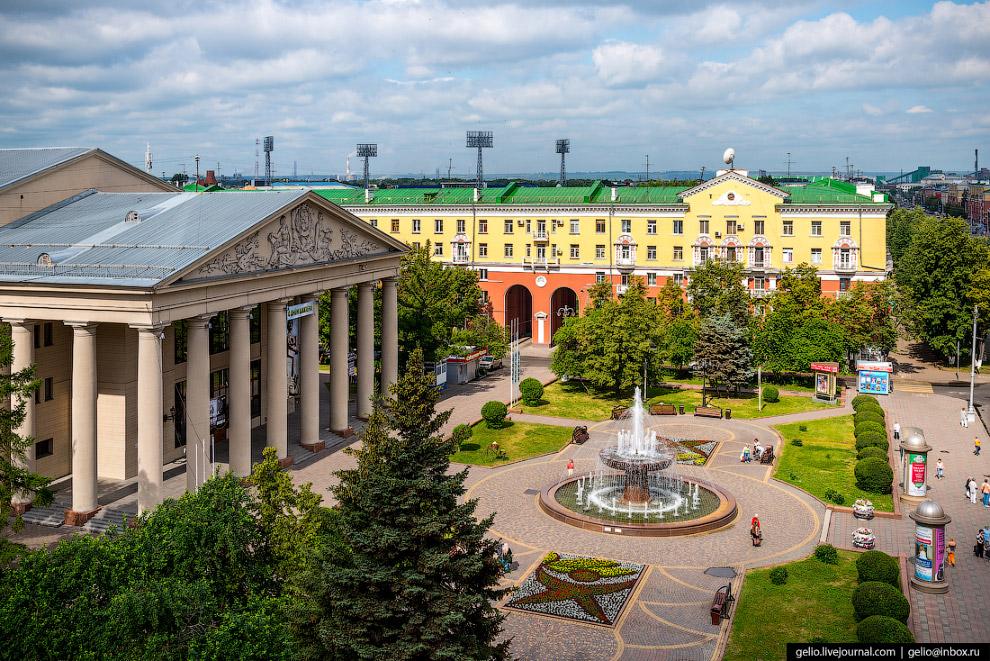 19. Население города Кемерово составляет около 550 тысяч человек.
