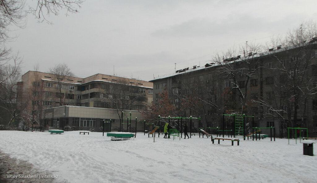 Уличная спортивная площадка на Гоголя.