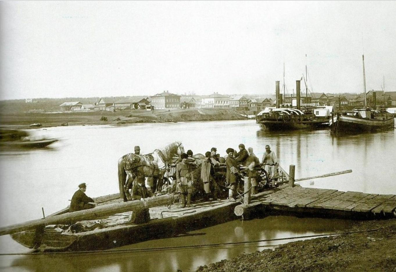 Вид на Игумнову слободу во время разлития Казанки