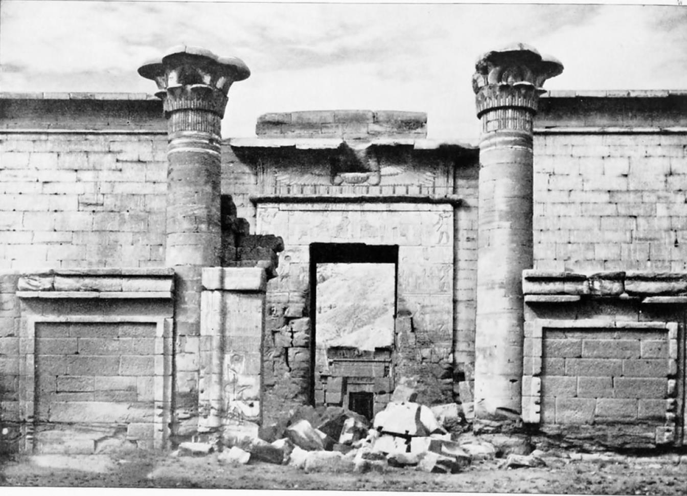 Мединет-Абу. Малый храм Рамсеса III