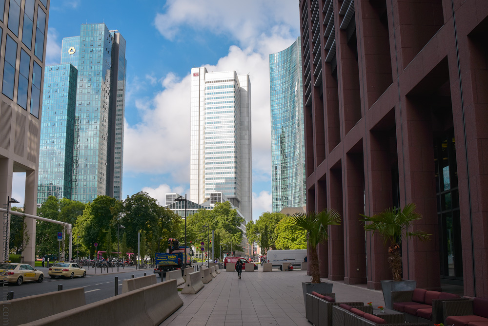 Frankfurt-(1).jpg