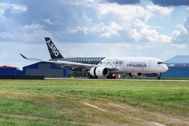 Airbus A350-941 (F-WWCF) Airbus Industrie 235_D703006