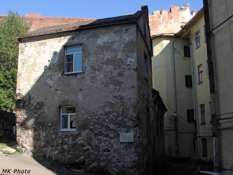 Древний дом