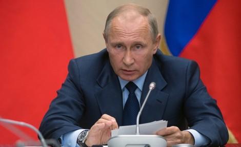 Эксперты: новые политики должны осознать себя стажерами команды Путина