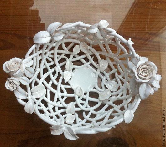 7cbf58364ac41fe9e83bd1091b--pialas-elephant-white-roses.jpg