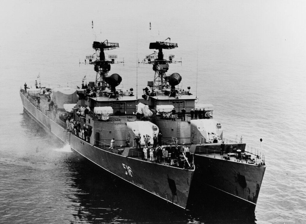 Two Petya-class ocean escorts in the Baltic Sea. Soviet ships at sea, photographed during mid-1963. The ships were wearing pennant numbers 516 (left) and 530.