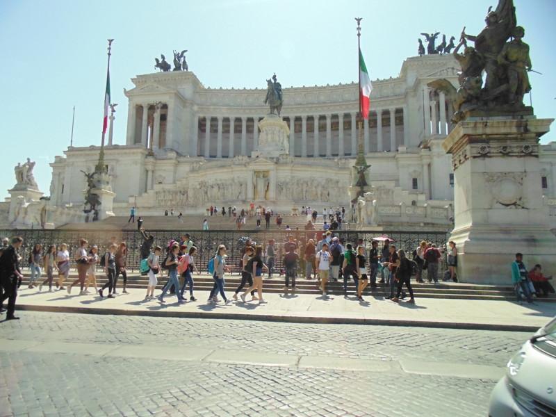 Рим – Вечный город. Как говорят Итальянцы, он всегда был, есть и будет. Также Рим называют «городом