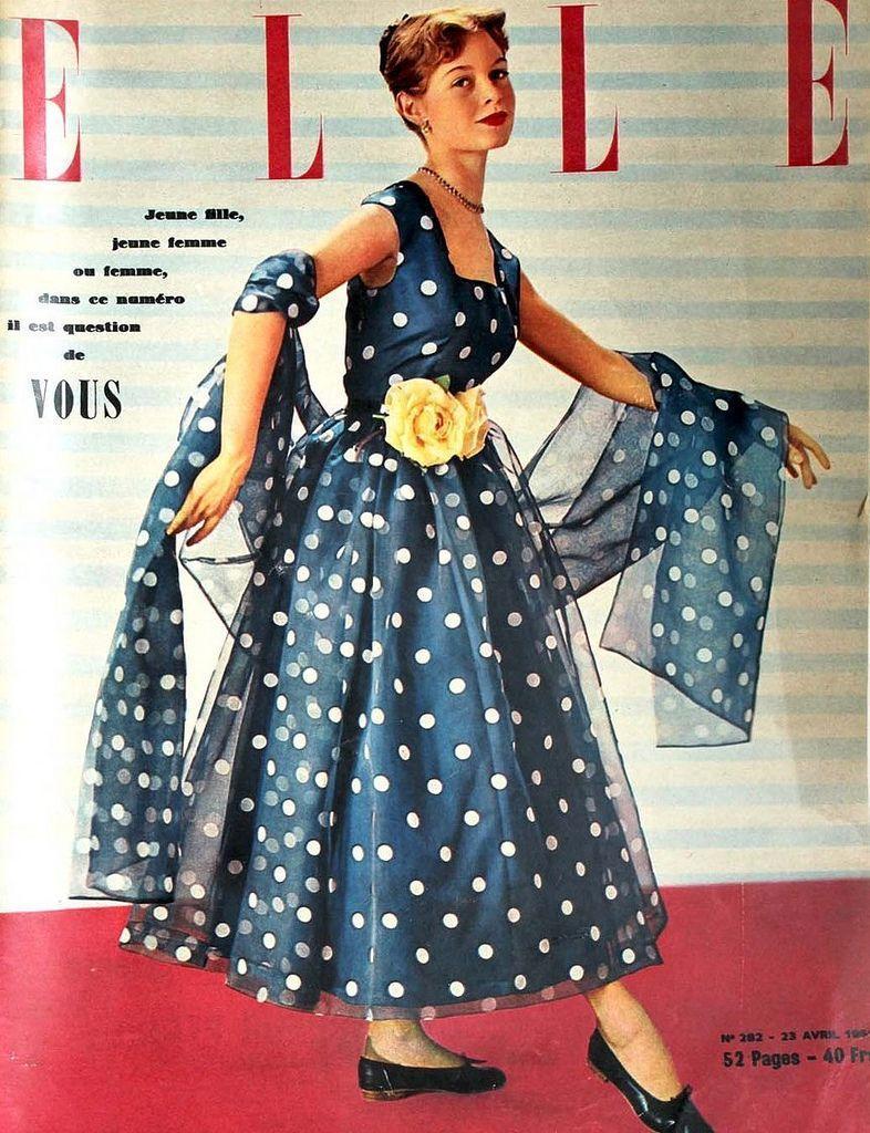 2.  Бардо — модель    В 1949 году 15-летняя Брижит уже участвовала в показе мод
