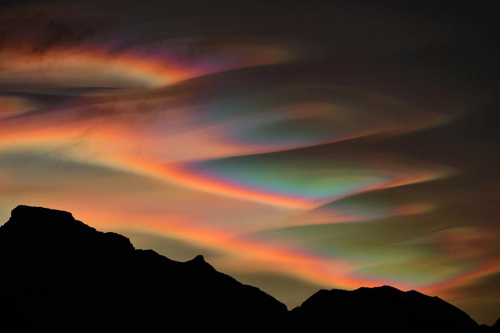 17. Категория «Молодой астрофотограф». Млечный путь в горах Италии. (Фото Fabian Dalpiaz | In