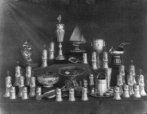 Серебряные и хрустальные кубки и чаши - призы, полученные клубом