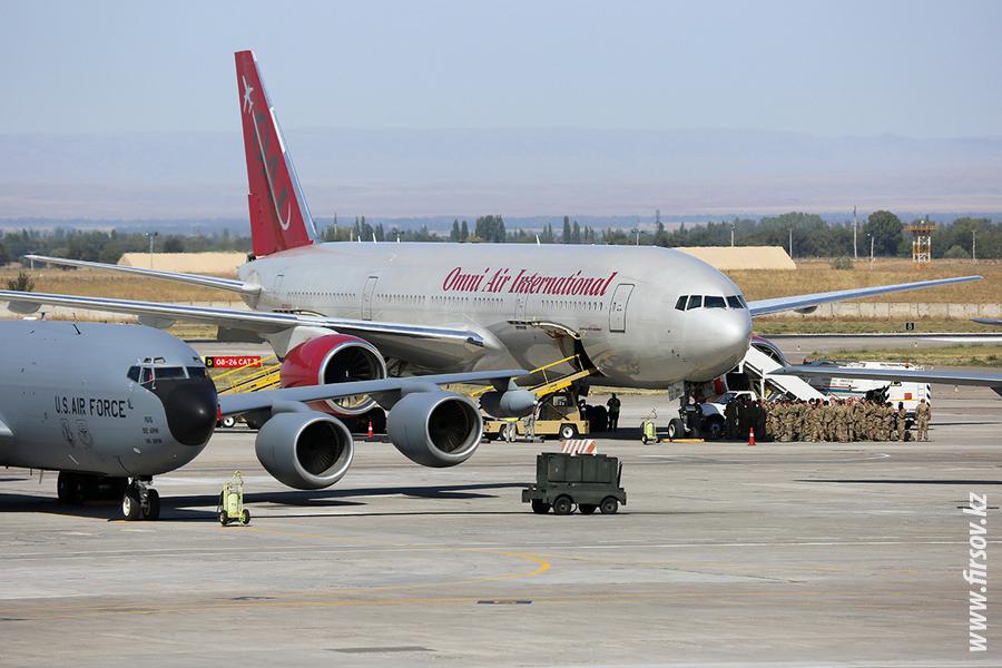 B-777_N918AX_Omni_Air_1_FRU_4400.JPG