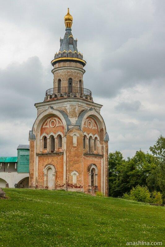 Свечная башня Борисоглебского монастыря, Новоторжский Борисоглебский монастырь, Торжок