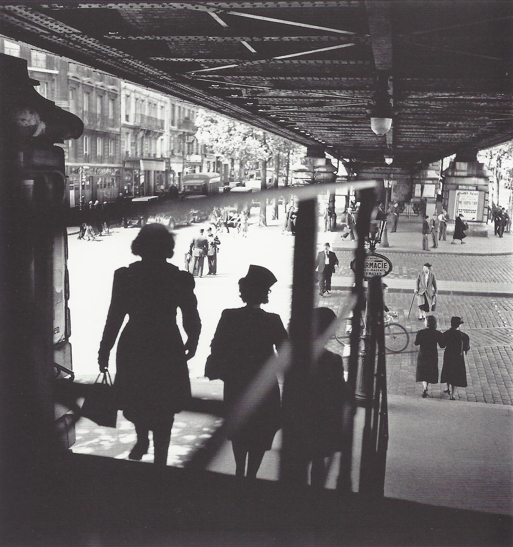 1939. Станция метро Барбес, Париж