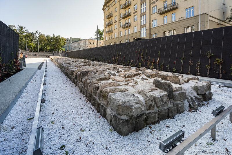 Ахеологический парк на Хохловской площади.