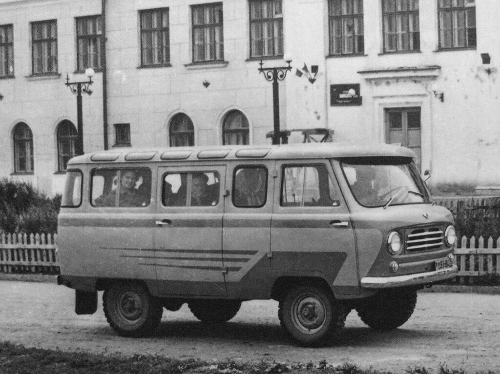 УАЗ-450В Опытный '1957 2.jpeg