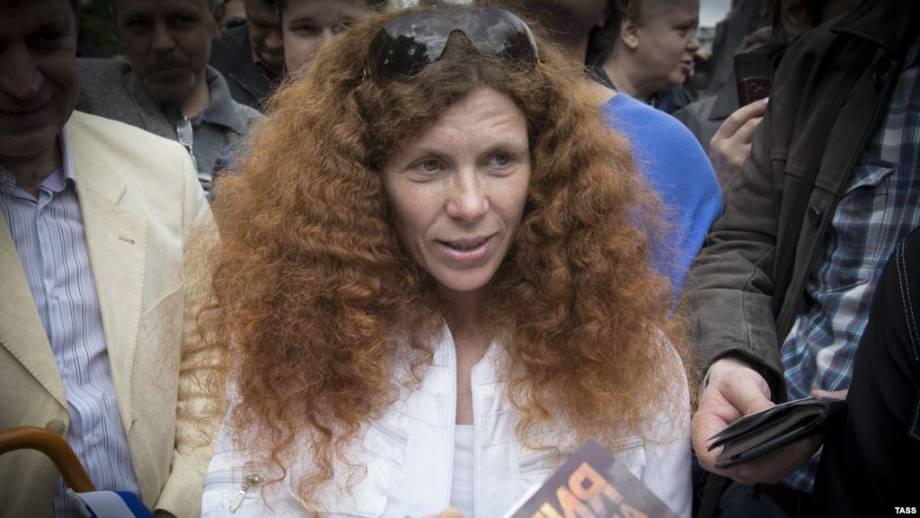 Журналистка Юлия Латынина уехала из России из-за угрозы жизни