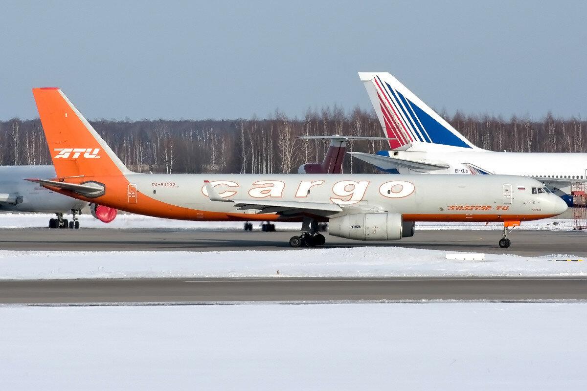 Туполев Ту-204С(Е). Авиастар-Ту . RA-64032..