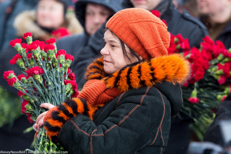Москва торжественно помянула Сталина (фото) GA8A9913.jpg