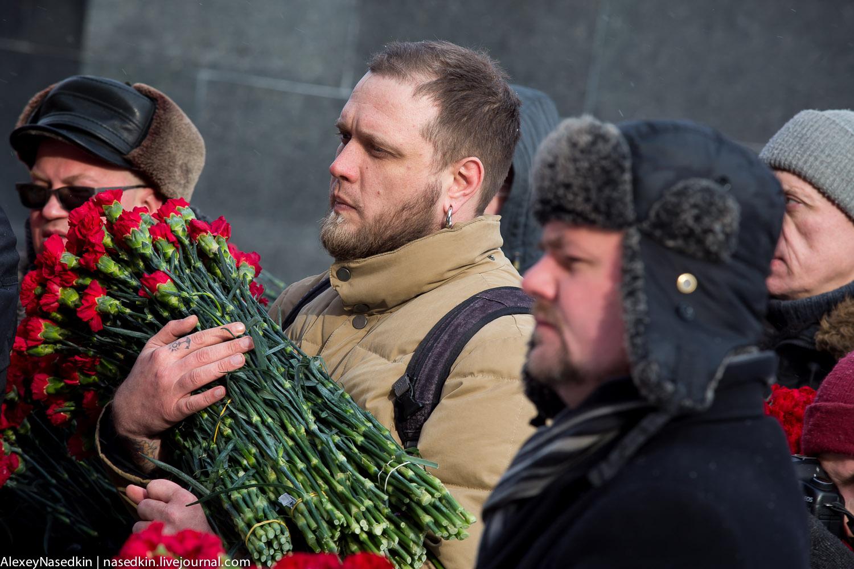 Москва торжественно помянула Сталина (фото) GA8A9917.jpg