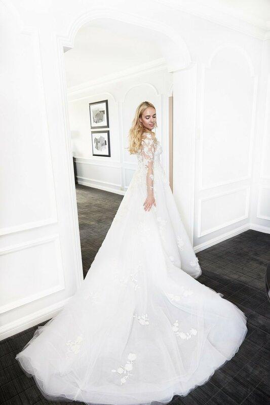0 17cfdc 3595b5bb XL - Розы на свадьбе