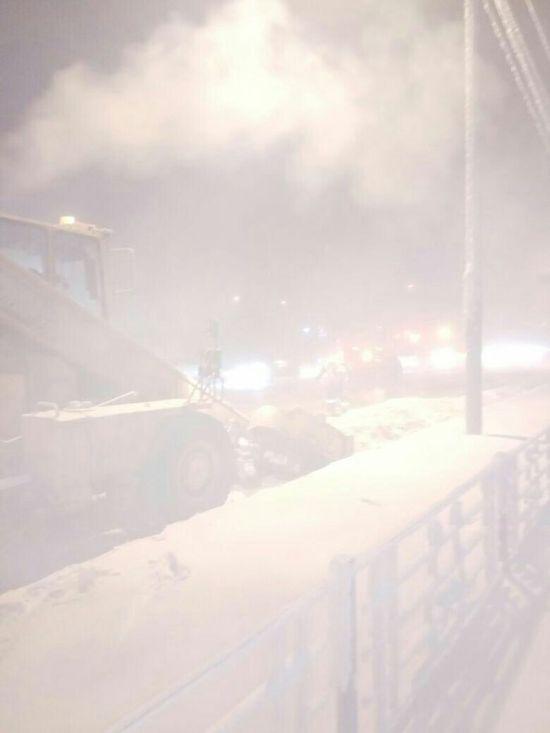 0 181316 46ab8e81 orig - Жесть - это работа дорожников в Якутске зимой
