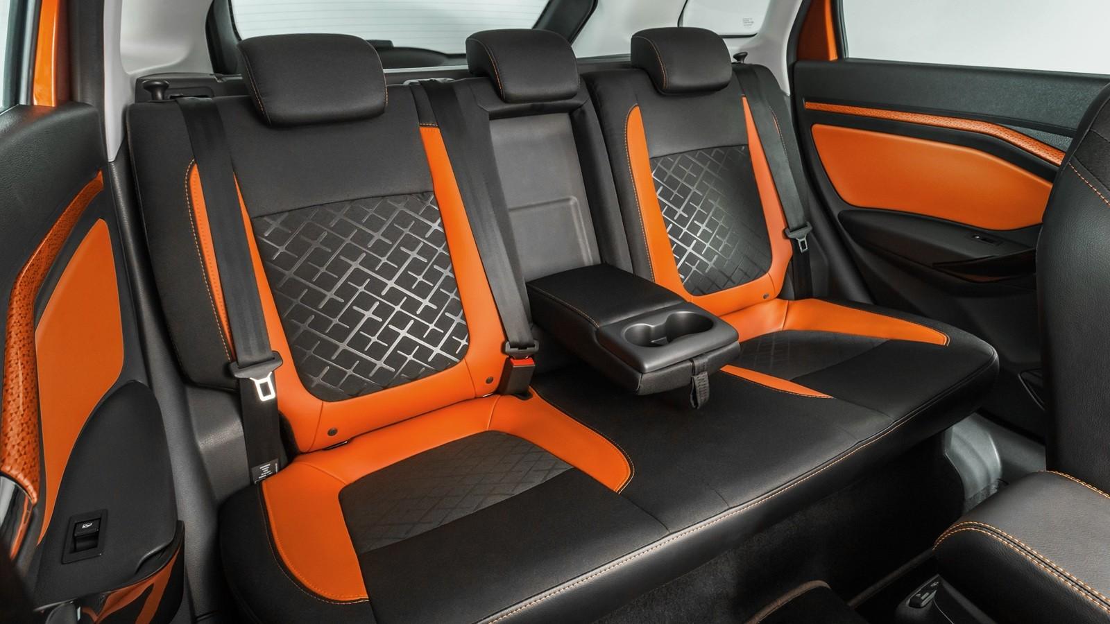 В гамму моторов Lada Vesta SW и Vesta SW Cross входят бензиновые двигатели объёмом 1,6 и 1,8 литра с
