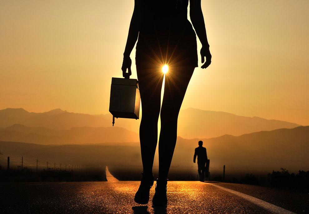 Он гуляет один, но никогда не бывает в одиночестве:
