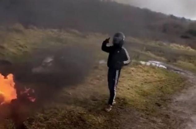 Банда спалила старинный мотоцикл, требуя выкуп 1000 фунтов