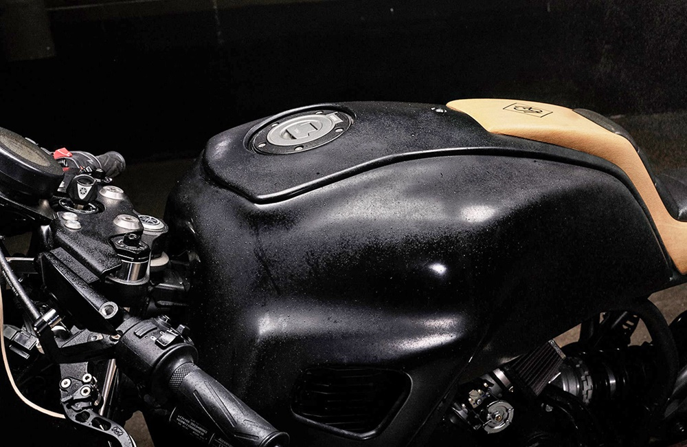 Джордж Вудмен: кафе рейсер Yamaha XSR700 Hanko