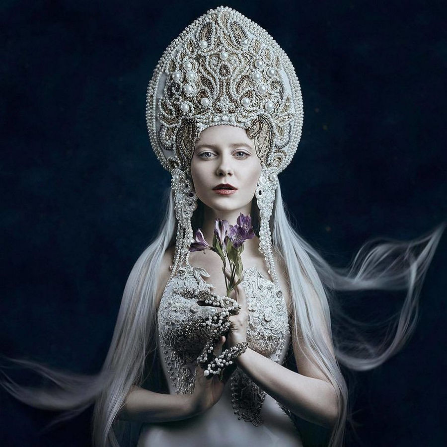 Белла Котак. Сказочные женские портреты.