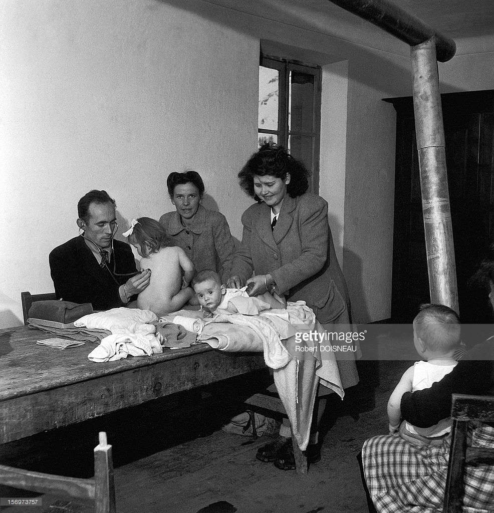 1947. Медицинский осмотр  в Сен-Веран,