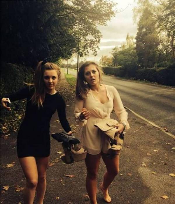 Девушки возвращаются с вечеринок