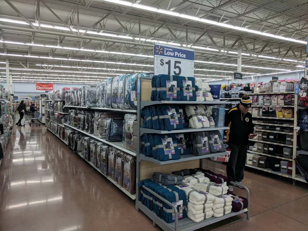 Покупка продуктов в США: сеть магазинов Walmart
