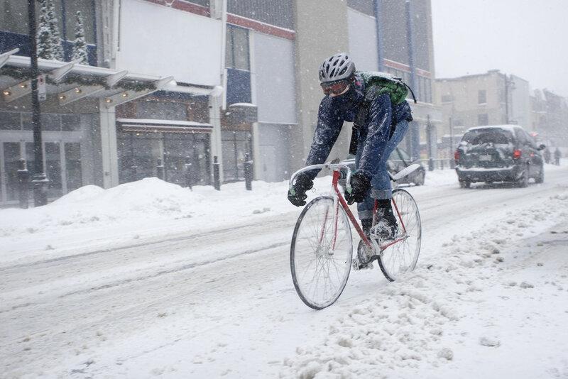 winter-cycling-on-ice-2-1.jpg
