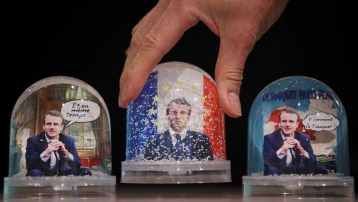 Путин вновогоднем поздравлении пригласил Макрона посетить Российскую Федерацию