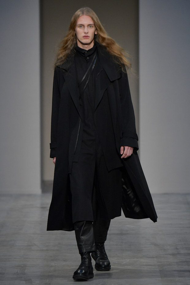 MFW: Isabel Benenato Fall Winter 2018.19 Collection (44 pics)
