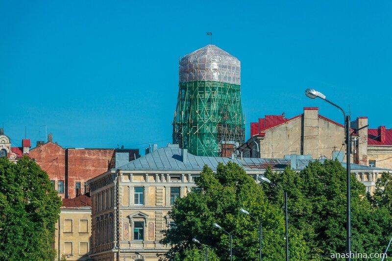 Часовая башня над Выборгом