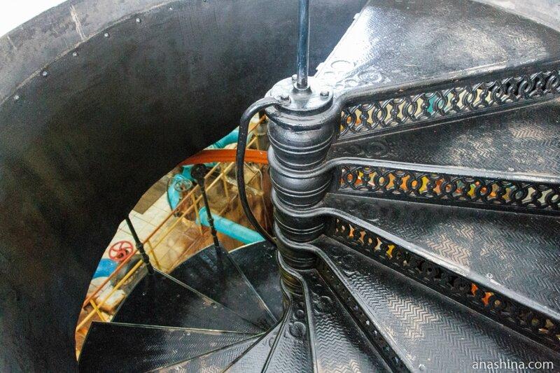 Винтовая лестница, Мытищинская насосная станция