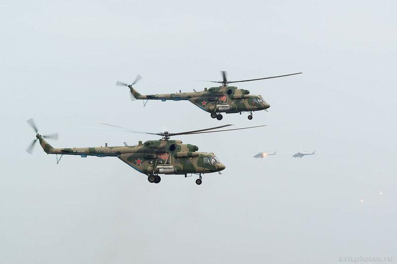 Миль Ми-8МТВ-5 (RF-24775 / 40 красный) ВКС России 0623_D806298