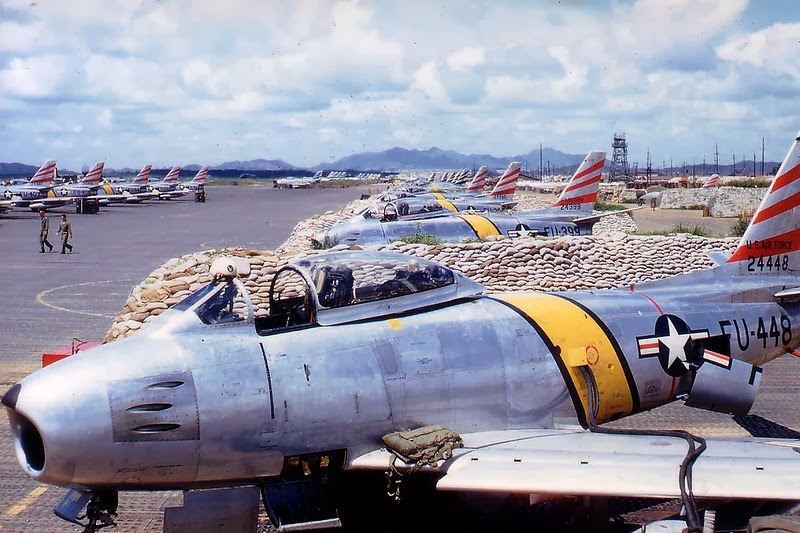 Color Photographs of Korean War in the 1950's (20).jpg