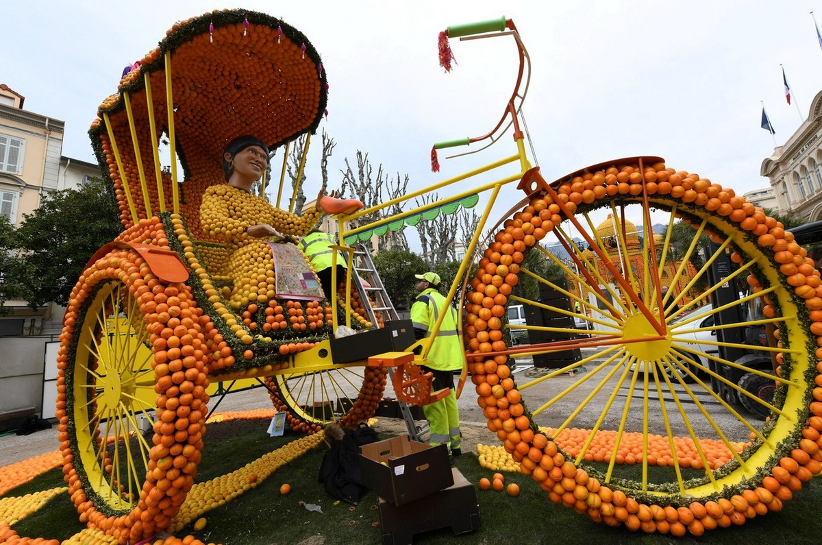 85-й лимонный фестиваль во Франции