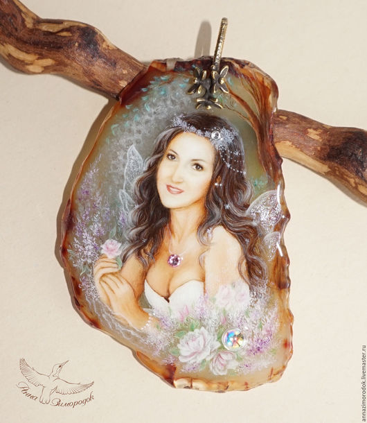 051e06899b5c2cde19099341dcca--jewelry-pendant-with-painted-stone-fairy-lacquer-miniature.jpg