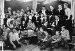 Édith Piaf et Les Compagnons de la chanson. Film 9 garçons un cœur