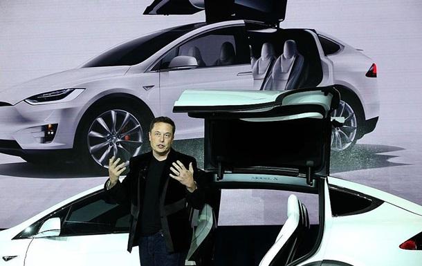 Tesla отзовет 11 тысяч кроссоверов Model Xиз-за проблем ссиденьями