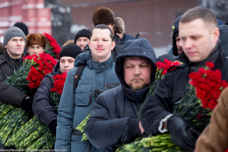 Москва торжественно помянула Сталина (фото) GA8A9909.jpg
