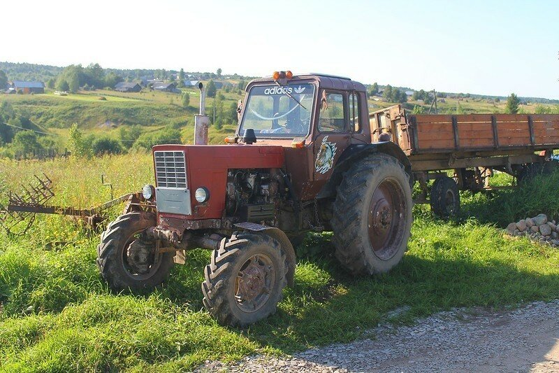 0 17dacc 8cd3579c XL - Менуэт Советскому трактору