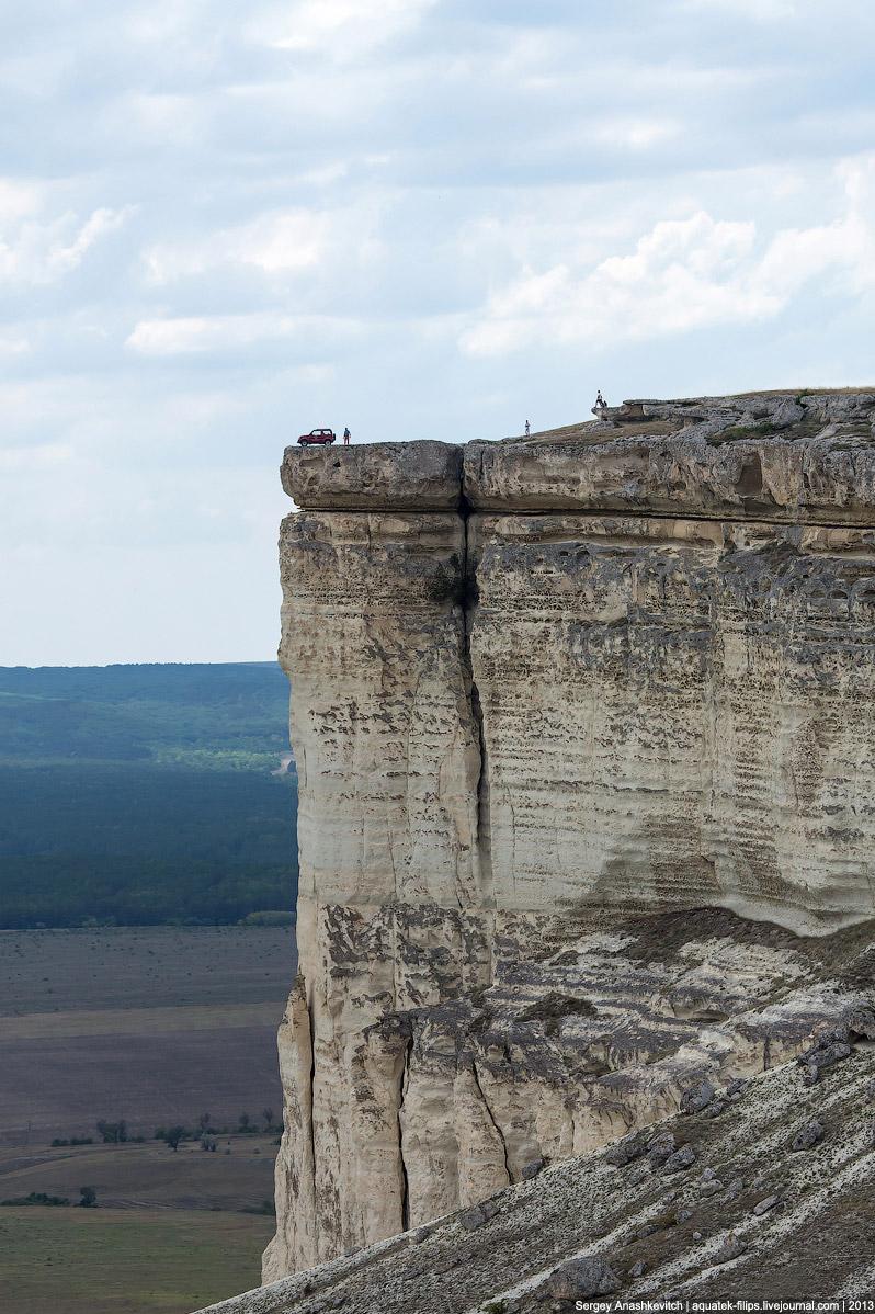 11. Высота здесь около 325 метров над уровнем моря.